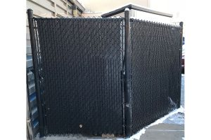 6' 9 gauge Black Vinyl Chain link with Black Slats